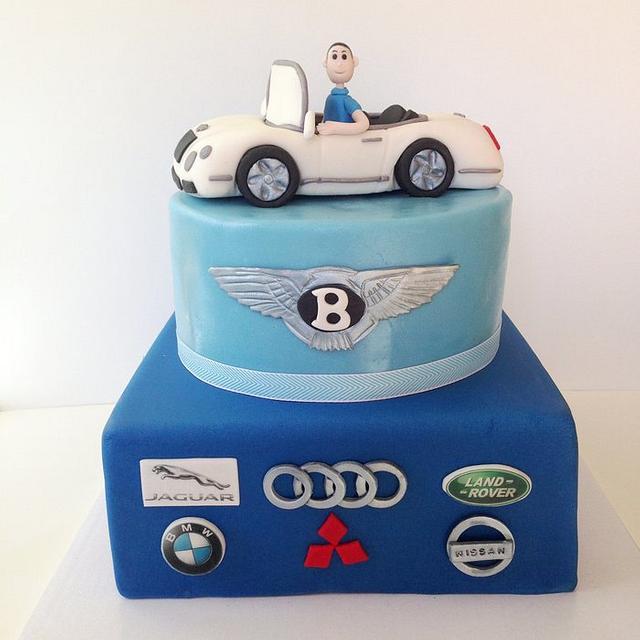 كيك عيد ميلاد زوجي- كيك محب السيارات