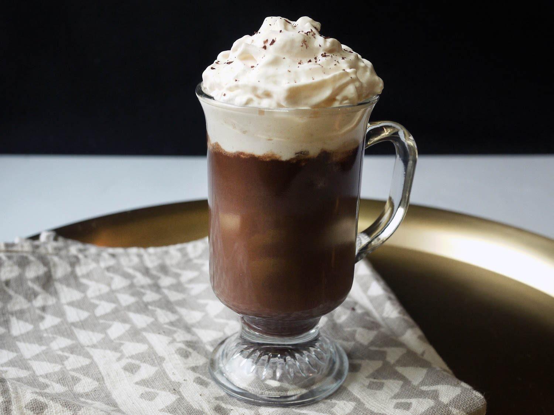 وصفات بكريمة الحلويات - طرية عمل مشروب الكاكاو بالكريمة