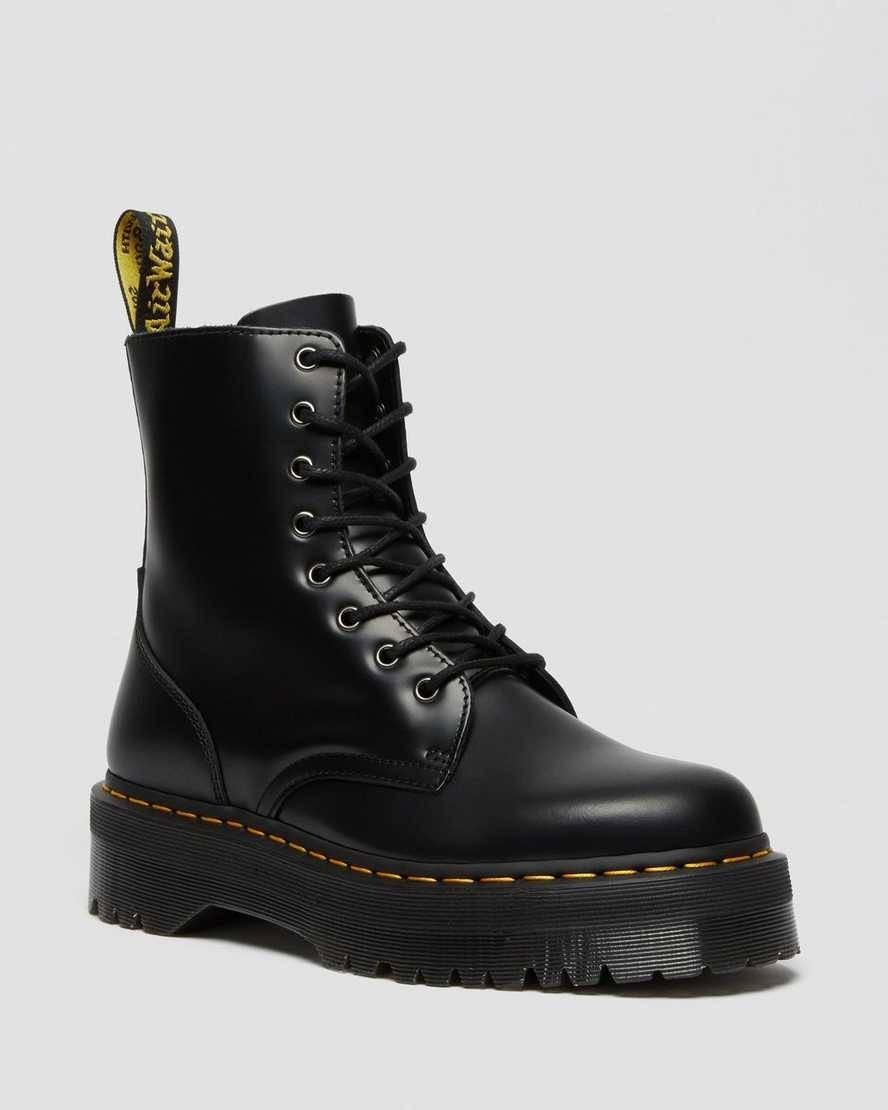 موضة أحذية شتاء 2021-الأحذية ذات الكعب السميك3