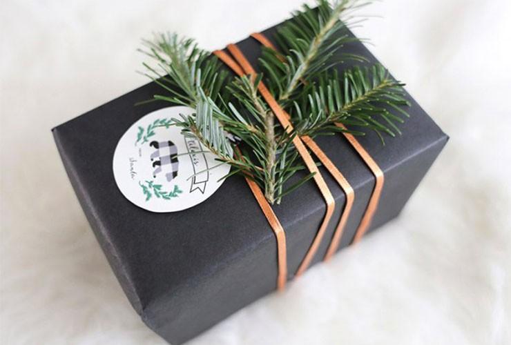 عطور مناسبة كهدايا لعيد الأم-استخدام الأوراق الخضراء